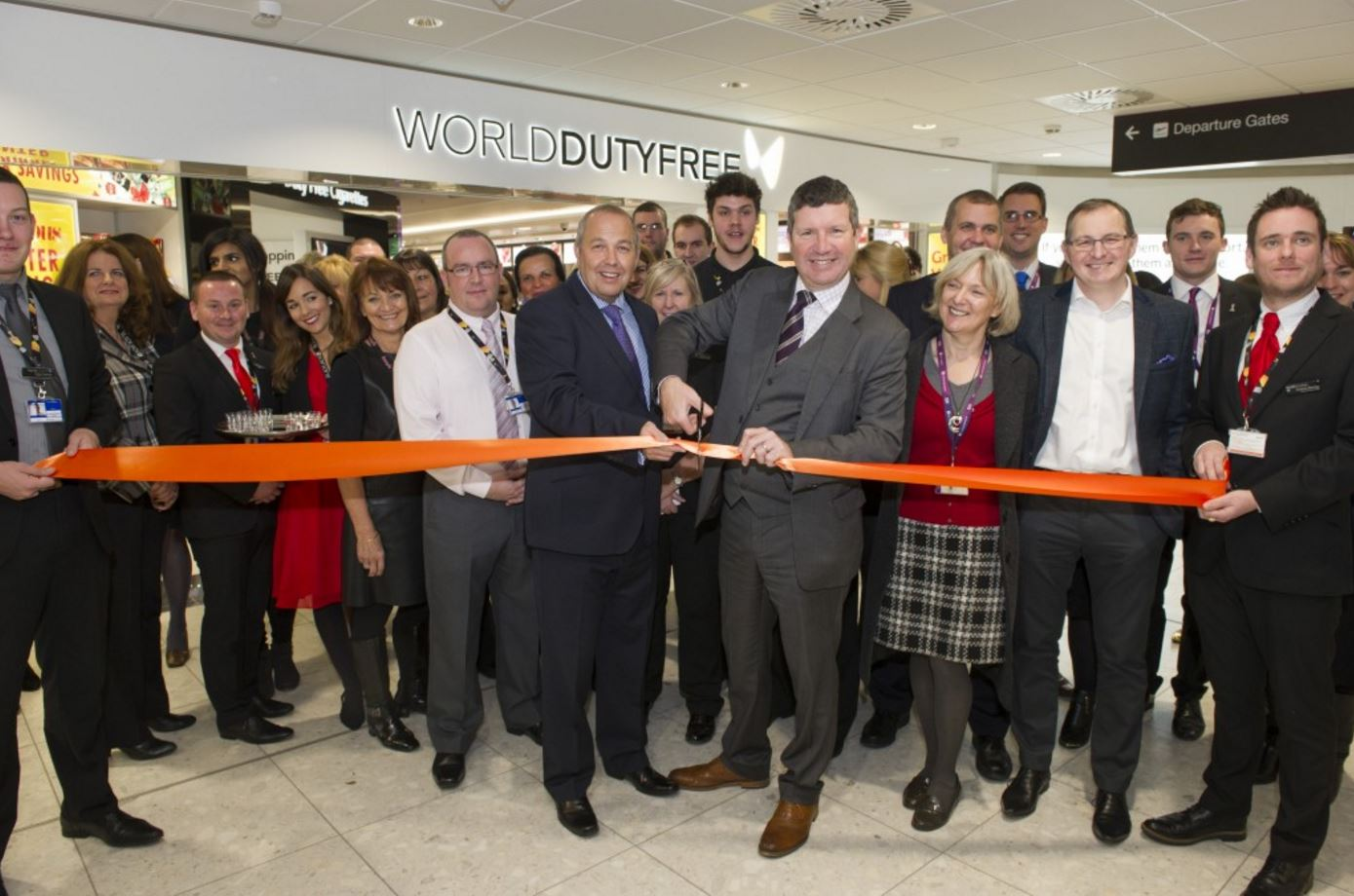 new wdf store in edinburgh creates 40 jobs world duty free. Black Bedroom Furniture Sets. Home Design Ideas